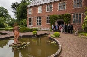 Hellens Manor Picture