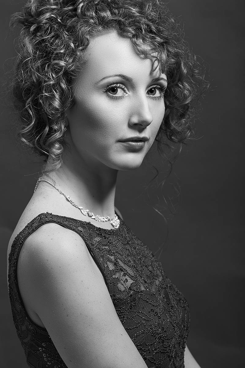 Mono Portrait studio lighting